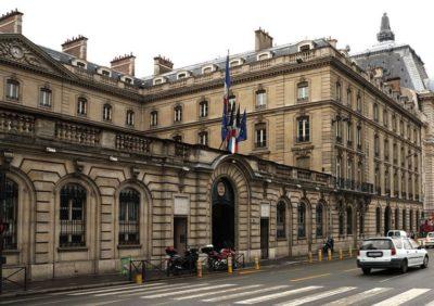 Travaux de retrait ou protection de matériaux amiantés dans les bâtiments de la Caisse des Dépôts de Paris